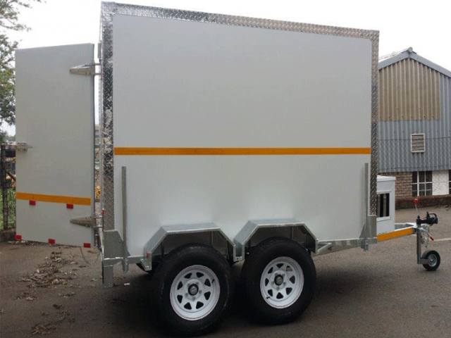 Double Axle Mobile Freezer Manufacturers